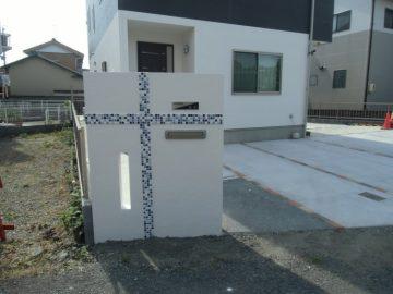 モザイクタイル門壁