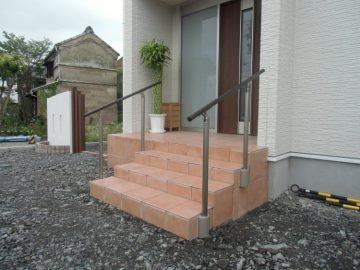 階段追加・手すり工事