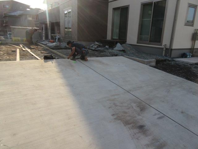2駐車場型枠設置